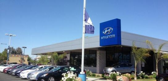 LITHIA HYUNDAI OF FRESNO 1