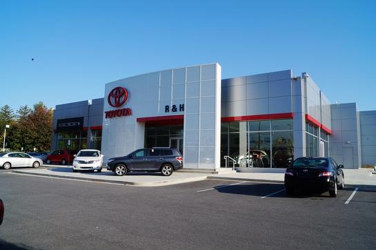 Heritage toyota owings mills new and pre owned toyota cars for Owings mills motor cars reviews