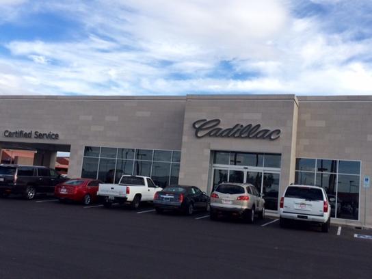 Royal Buick GMC Cadillac : Tucson, AZ 85705 Car Dealership