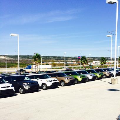 Mazda Dealer New Braunfels >> World Car Mazda Kia New Braunfels : New Braunfels, TX 78132 Car Dealership, and Auto Financing ...