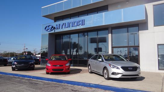 allen turner hyundai car dealership in pensacola fl 32505 kelley blue book. Black Bedroom Furniture Sets. Home Design Ideas