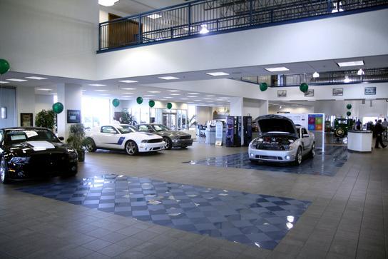 mel hambelton ford wichita ks 67209 1240 car dealership and auto financing autotrader. Black Bedroom Furniture Sets. Home Design Ideas