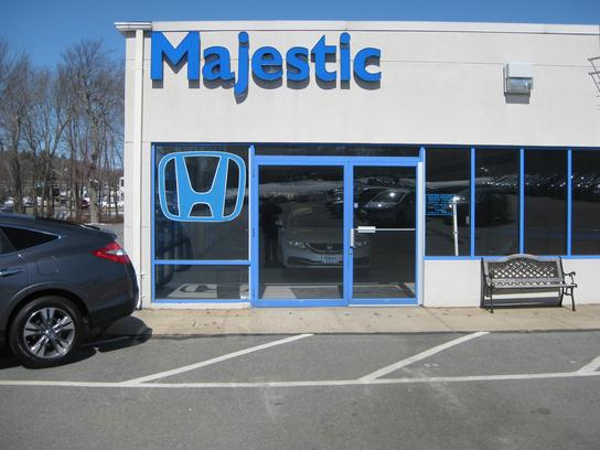 Majestic honda lincoln ri 02865 car dealership and for Honda dealerships in ri