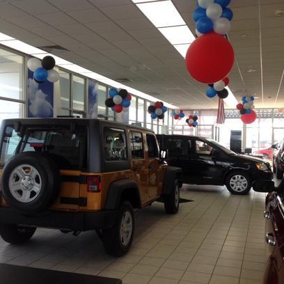 used cars in dayton evans arena chrysler dodge jeep ram. Black Bedroom Furniture Sets. Home Design Ideas