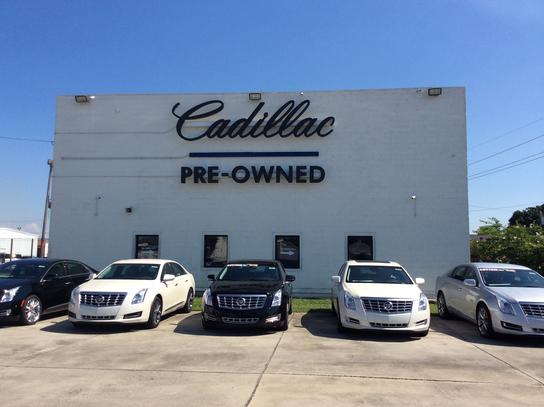 cadillac of new orleans metairie la 70006 5310 car dealership and auto financing autotrader. Black Bedroom Furniture Sets. Home Design Ideas