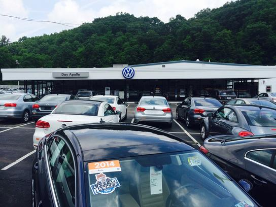 Day Apollo VW Moon Twp PA car dealership in MOON TOWNSHIP ...
