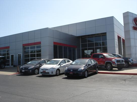 Toyota Dealers In Arkansas >> Magness Toyota : Harrison, AR 72601 Car Dealership, and Auto Financing - Autotrader