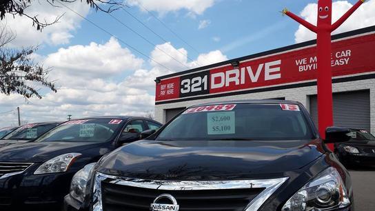 321 drive nashville tn 37209 car dealership and auto financing autotrader. Black Bedroom Furniture Sets. Home Design Ideas