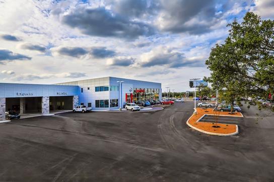 nissan of boerne boerne tx 78006 car dealership and auto financing autotrader. Black Bedroom Furniture Sets. Home Design Ideas
