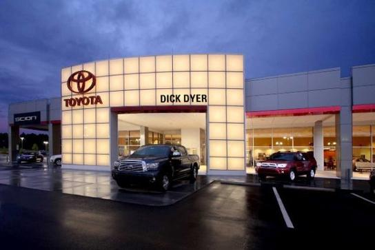 dick dyer toyota columbia sc 29203 car dealership and auto financing autotrader. Black Bedroom Furniture Sets. Home Design Ideas