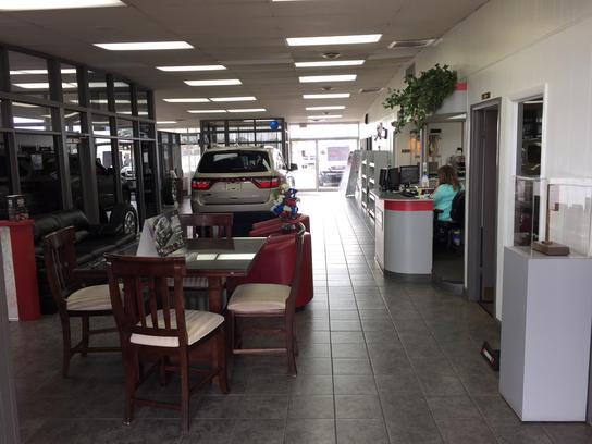 Larry Hillis Chrysler Dodge Jeep Ram & Larry Hillis Chrysler Dodge Jeep Ram : Poplar Bluff MO 63901 Car ... markmcfarlin.com