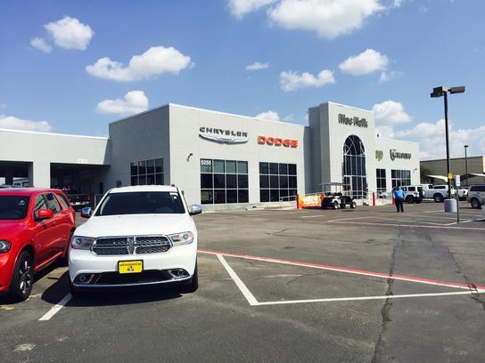Mac Haik Dodge Chrysler Jeep : Georgetown, TX 78626 Car Dealership