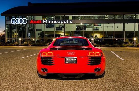 Audi R8 spotted in Minneapolis, Minnesota on 08/19/2012