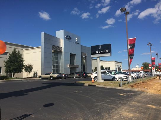 ted russell ford parkside drive knoxville tn 37922 2208 car dealership and auto financing. Black Bedroom Furniture Sets. Home Design Ideas