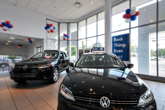 Beechmont Vw Volkswagen Dealership In Cincinnati Oh