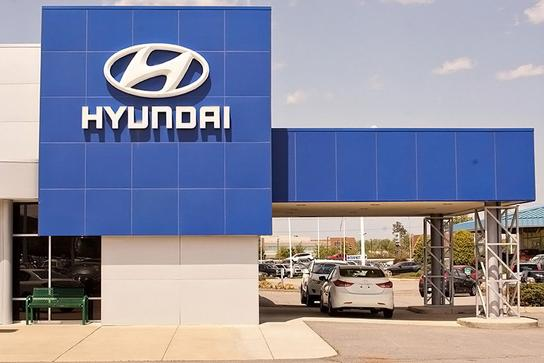 Hall Hyundai Chesapeake 1