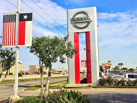 Nissan Dealership Houston >> Central Houston Nissan car dealership in Houston, TX 77054 - Kelley Blue Book