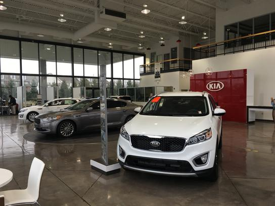 Andy mohr kia avon in 46123 car dealership and auto for Kia motors finance address