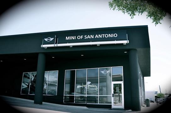 Mini of San Antonio