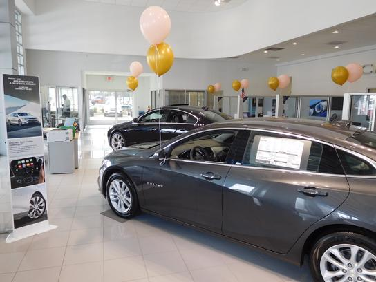 Southern Pines Chevrolet Buick GMC 3