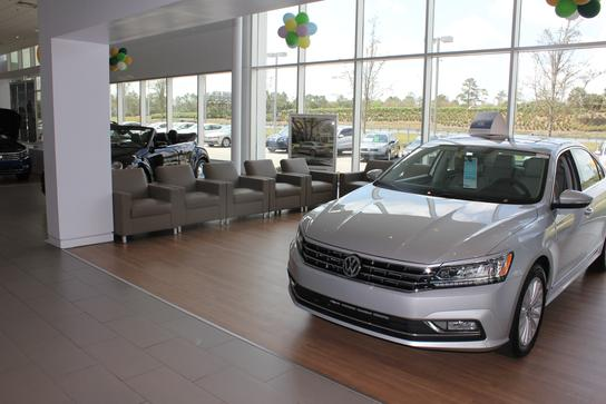 Napleton's Volkswagen of Orlando : ORLANDO, FL 32826 Car Dealership