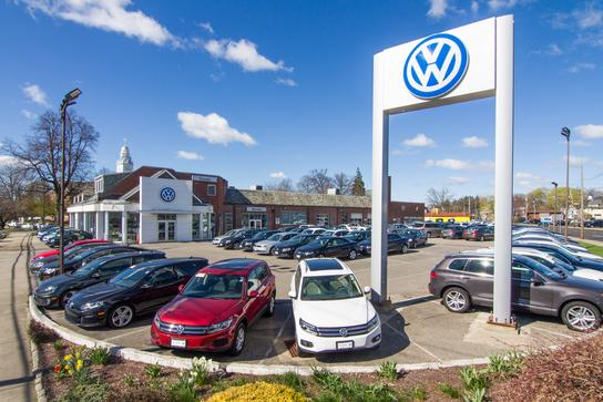 Curran Volkswagen Inc Car Dealership In Stratford Ct