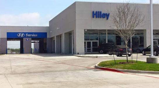 hiley hyundai car dealership in burleson tx 76028 4313 kelley blue book. Black Bedroom Furniture Sets. Home Design Ideas