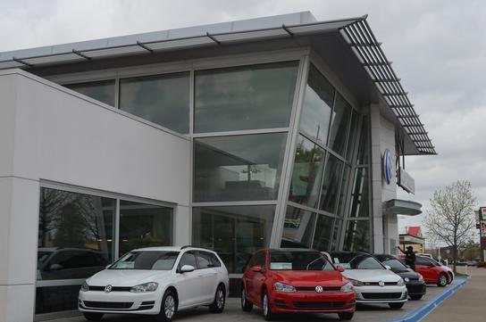 Clay Cooley Volkswagen Of Park Cities Dallas Tx 75209