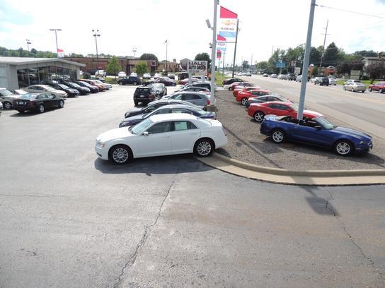 Chris haus auto sales llc canfield oh 44512 car for Chris motors auto sales