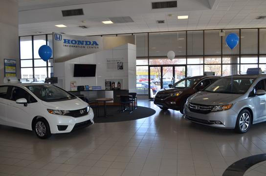 Sloane honda philadelphia pa 19115 2145 car dealership for Honda dealers in philadelphia