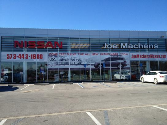 Joe Machens Nissan Columbia Mo 65203 3923 Car