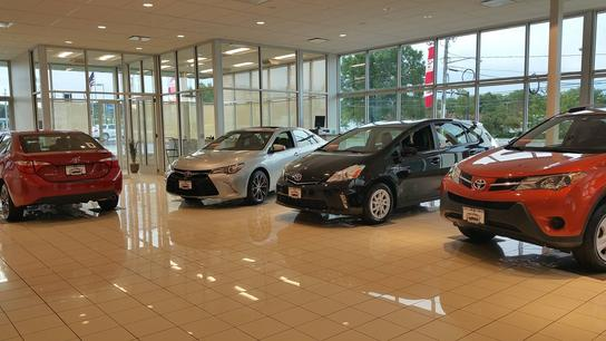 summit toyota of akron akron oh 44320 car dealership and auto financing autotrader. Black Bedroom Furniture Sets. Home Design Ideas