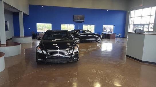 Lexington Car Dealerships: Strong Auto : LEXINGTON, KY 40505-3820 Car Dealership, And