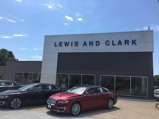 lewis clark ford lincoln car dealership in yankton sd 57078 kelley blue book. Black Bedroom Furniture Sets. Home Design Ideas
