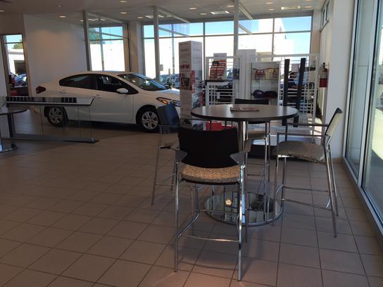 brewbaker kia montgomery al 36117 car dealership and auto financing autotrader. Black Bedroom Furniture Sets. Home Design Ideas