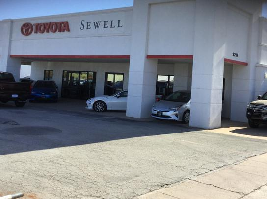 Sewell Toyota of Wichita Falls