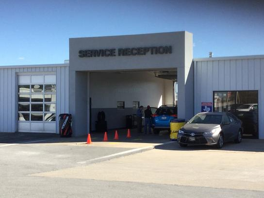 Sewell Toyota Of Wichita Falls Wichita Falls Tx 76301 5806 Car Dealership And Auto Financing