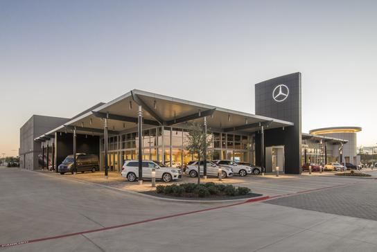 Park place motorcars arlington a mercedes benz dealer for Mercedes benz park place