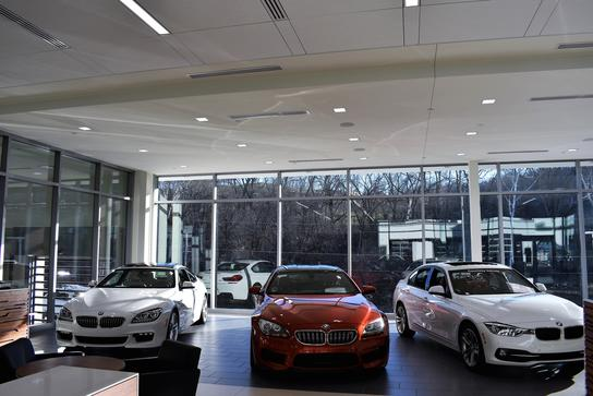 the bmw store new bmw dealership in cincinnati oh 45227 autos post. Black Bedroom Furniture Sets. Home Design Ideas
