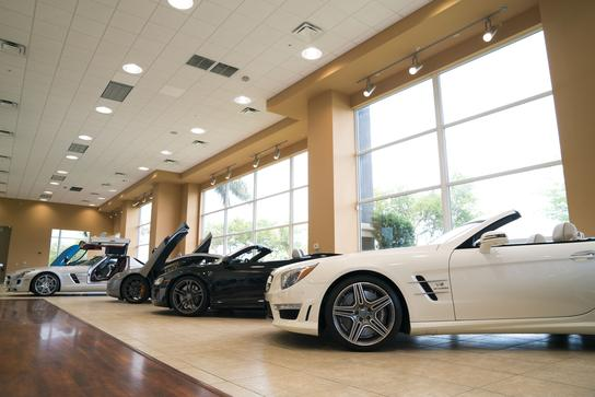 Hgreg Car Dealer >> HGreg Lux : Pompano Beach, FL 33073 Car Dealership, and Auto Financing - Autotrader