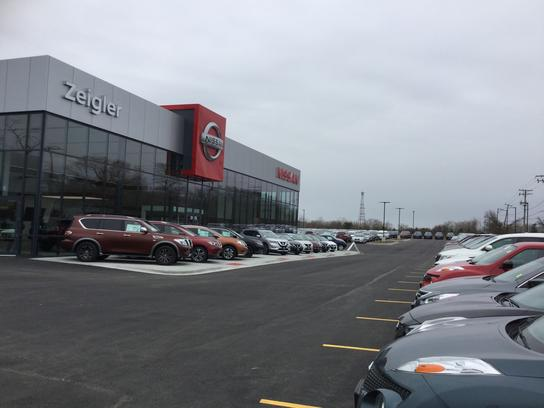 Zeigler Nissan Of Gurnee Car Dealership In Lindenhurst Il