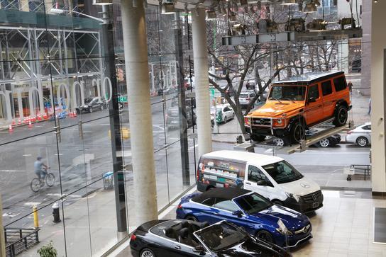 Mercedes-Benz Manhattan : New York, NY 10019 Car ...