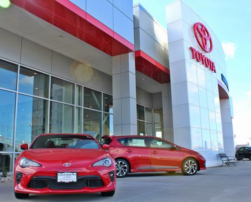 Car Dealerships In Grand Forks Nd >> Lithia Toyota Of Grand Forks Grand Forks Nd 58201 Car Dealership