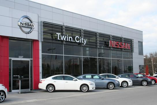 Twin city nissan new nissan dealership in alcoa tn 37701 for Twin cities honda dealers