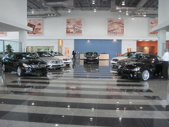 Mercedes benz of houston north houston tx 77090 car for Mercedes benz rental houston