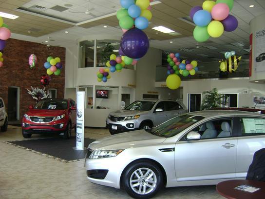 Route 6 auto mall kia swansea ma 02777 4596 car for Kia motors customer service number