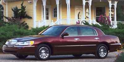 2002 Lincoln Town Picture 46313138 in Cranston, RI 02920