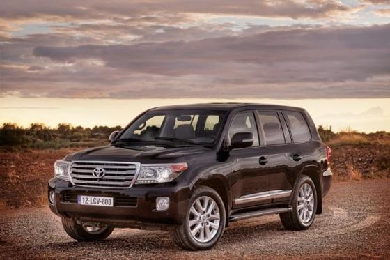 2013 Toyota Land Cruiser Preview: Chicago Auto Show featured image large thumb0