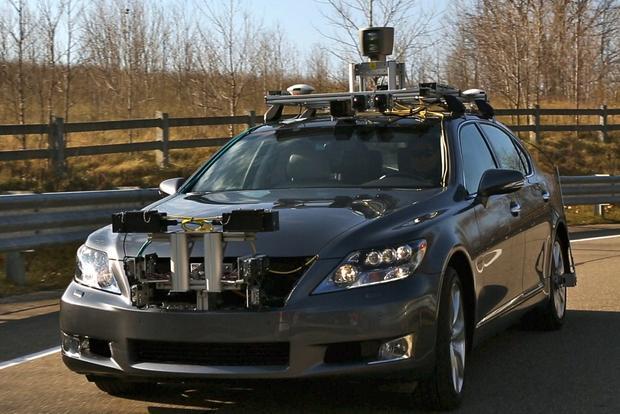 Lexus Autonomous Car: 2013 CES featured image large thumb0