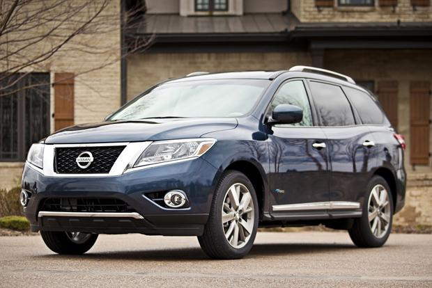 2014 Nissan Pathfinder Hybrid: New York Auto Show featured image large thumb0